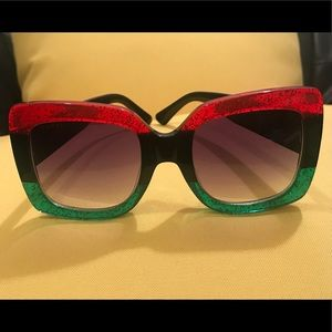 Auth New Gucci Large-Frame Sunglasses